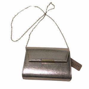 GOLD CROSSBODY/CLUTCH SPECIAL OCCASSION BAG